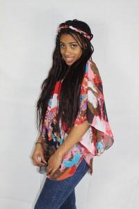 tunique en voile vue de profil et son bandeau